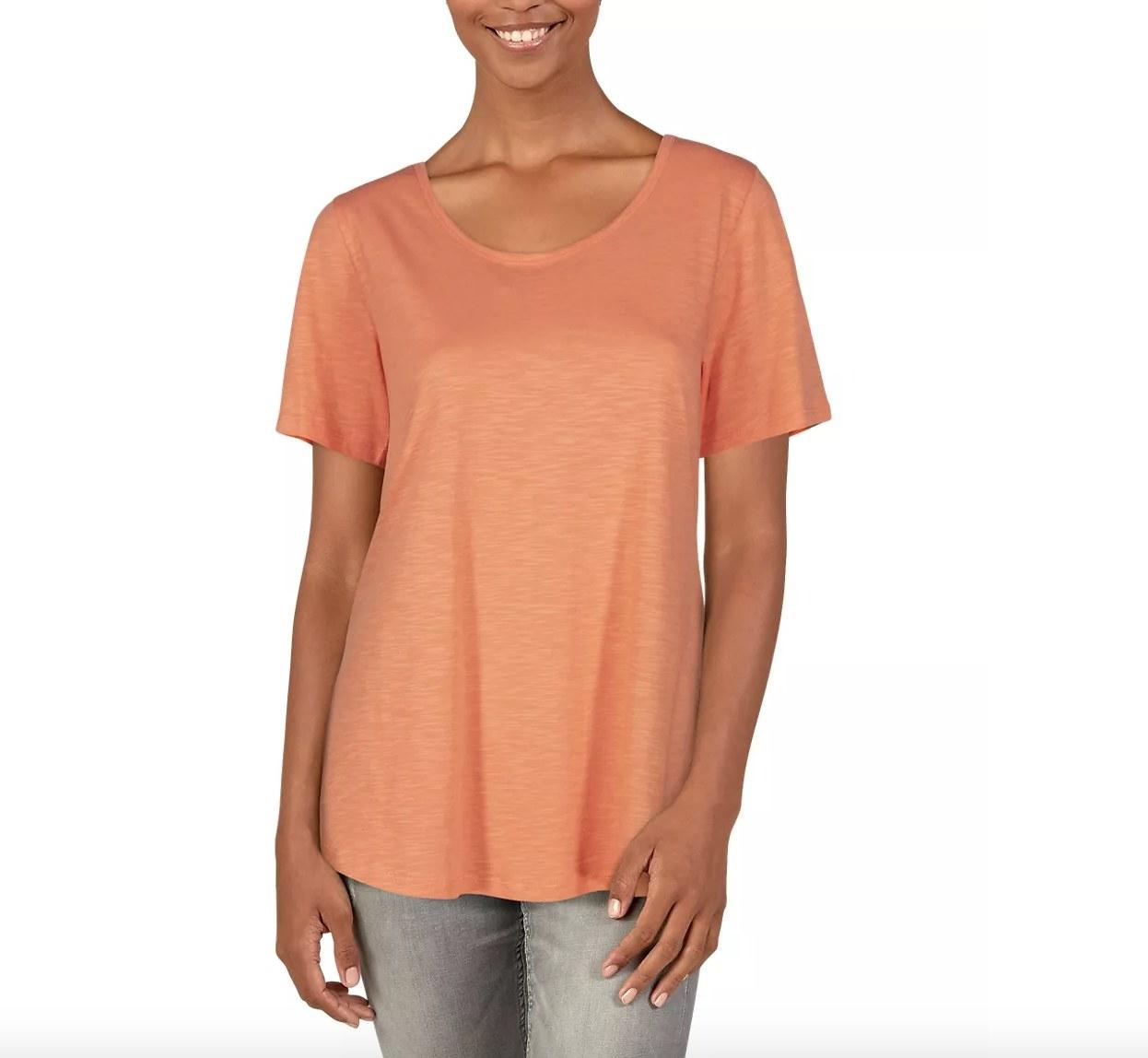 the short sleeve t-shirt in orange