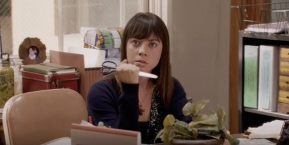 April Ludgate angrily holding scissors like she wants to stab someone