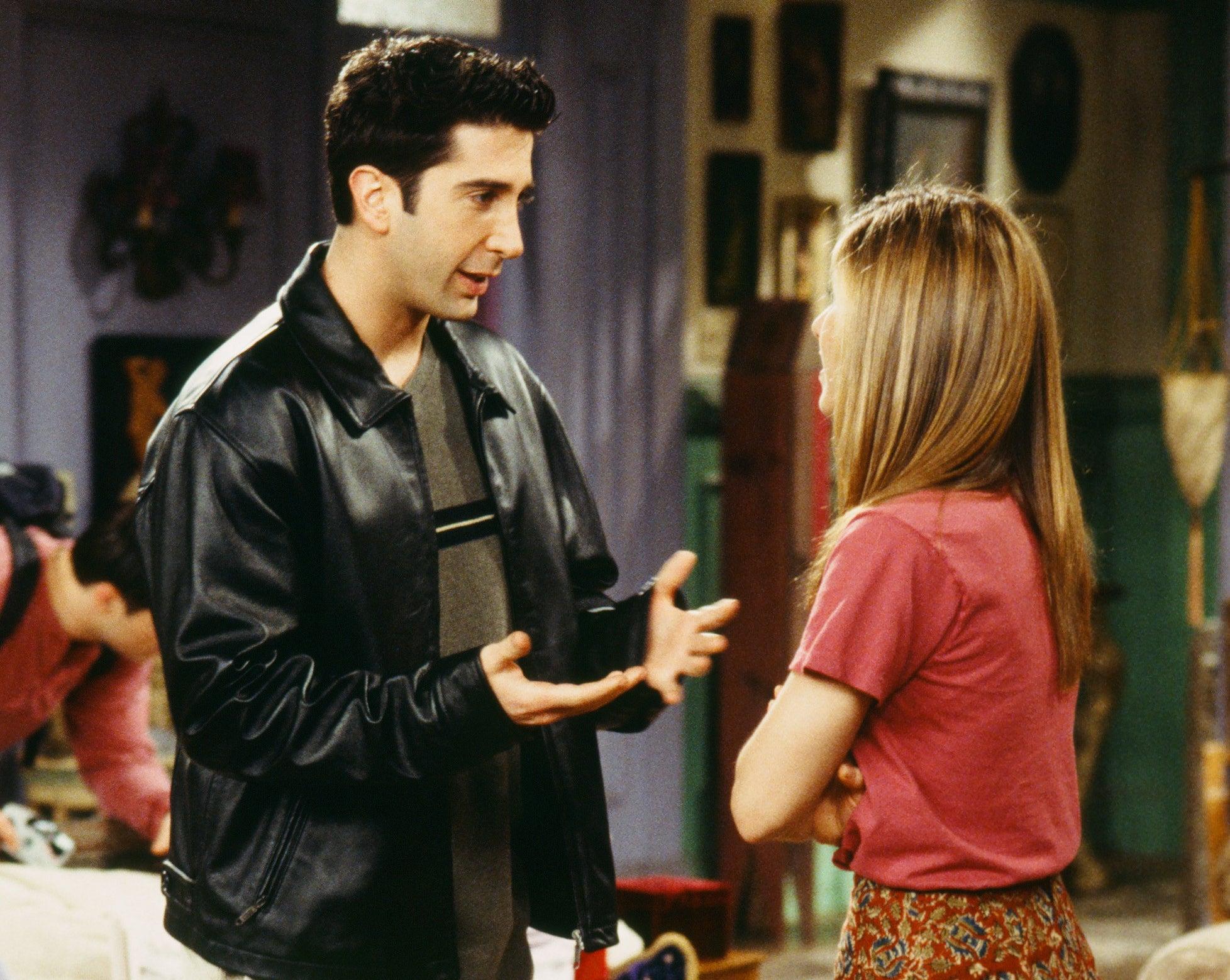 Ross talks to Rachel in a scene from Friends