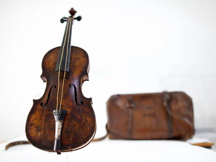 The Hartley Violin
