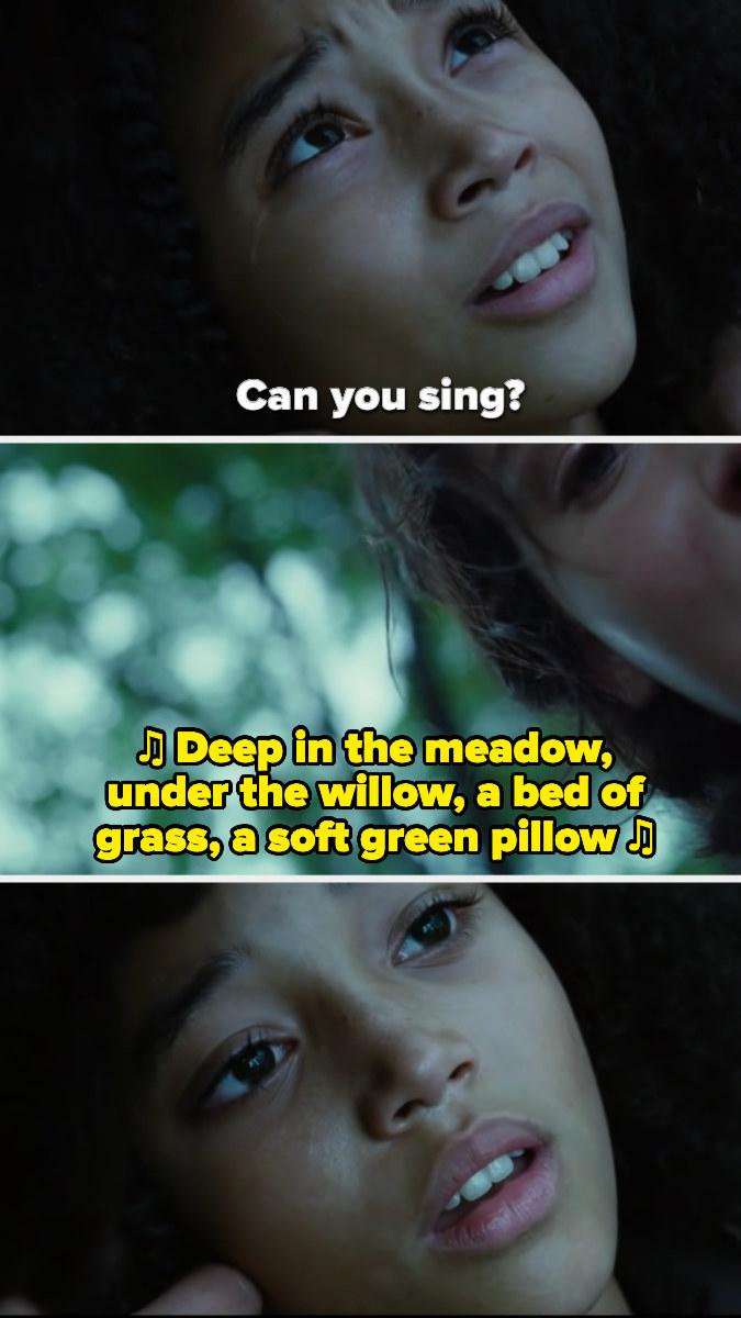Rue dies while Katniss sings to her