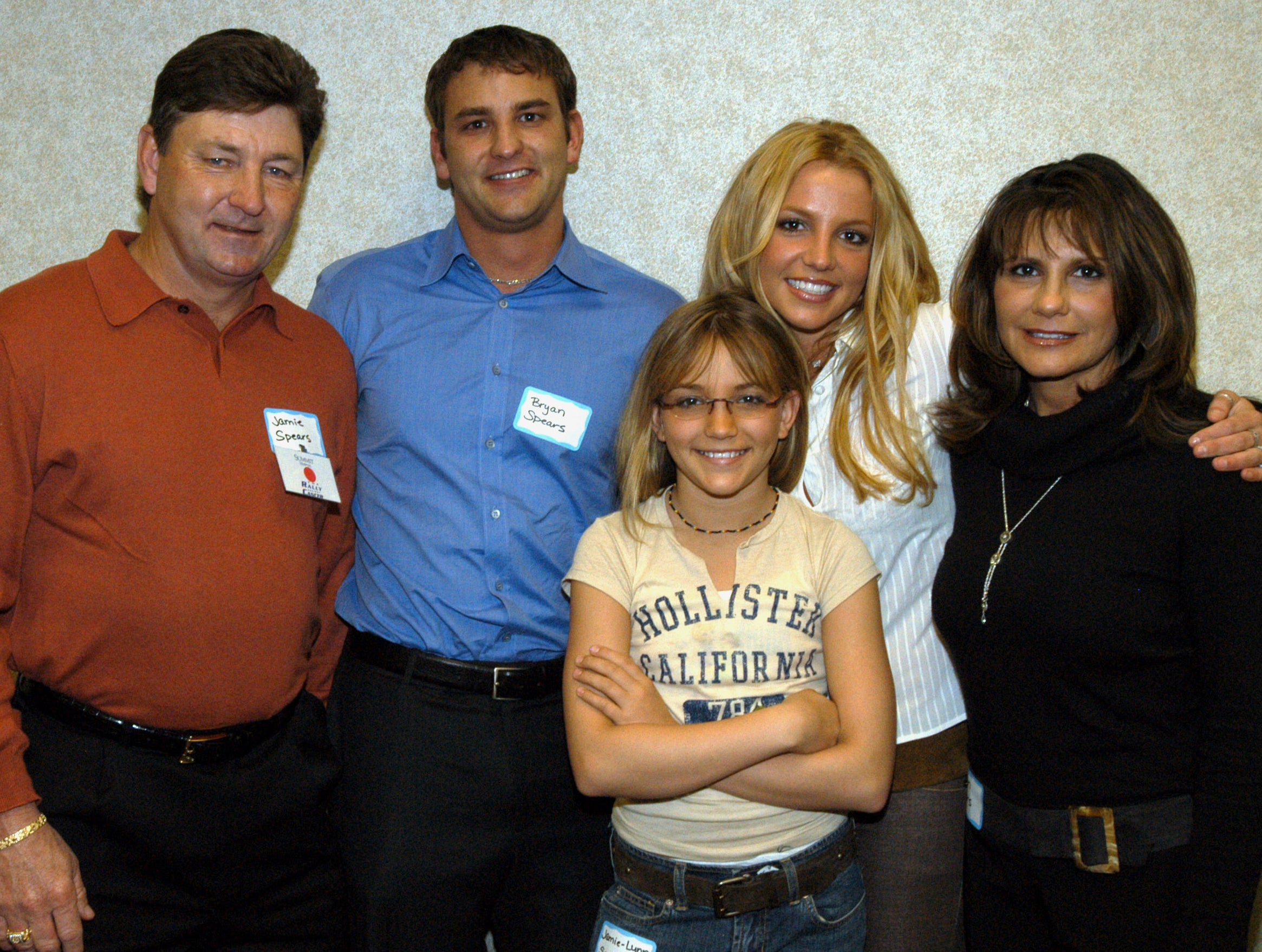 A portrait of Britney's entire family from many years ago