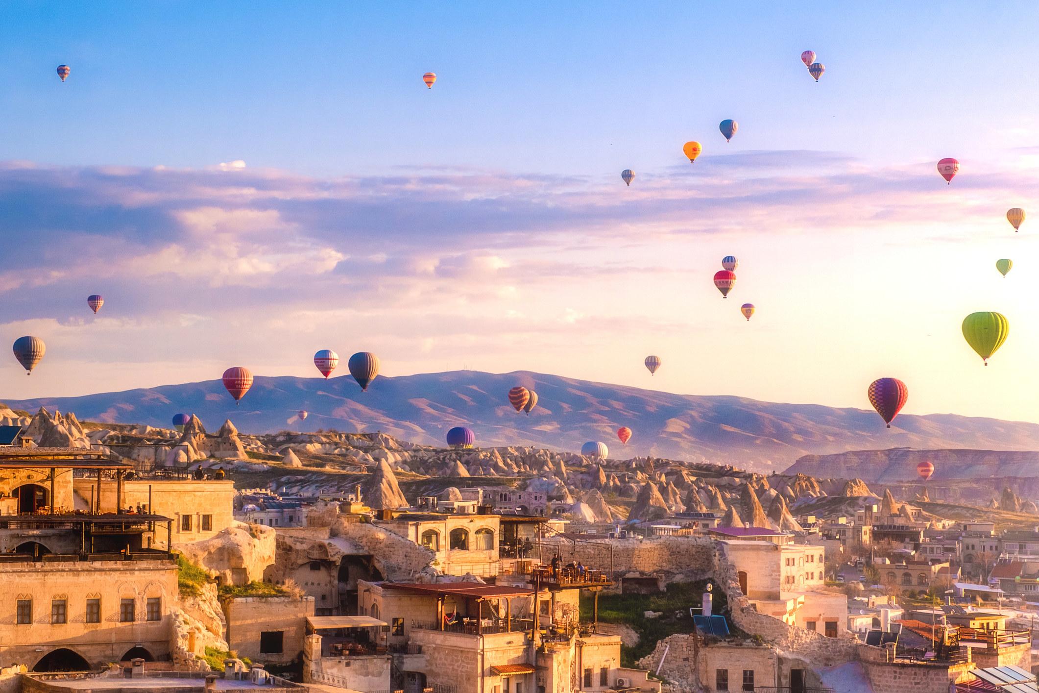 Hot air balloons flying overGöreme, Turkey