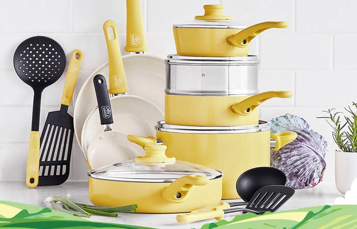 the yellow cookware set