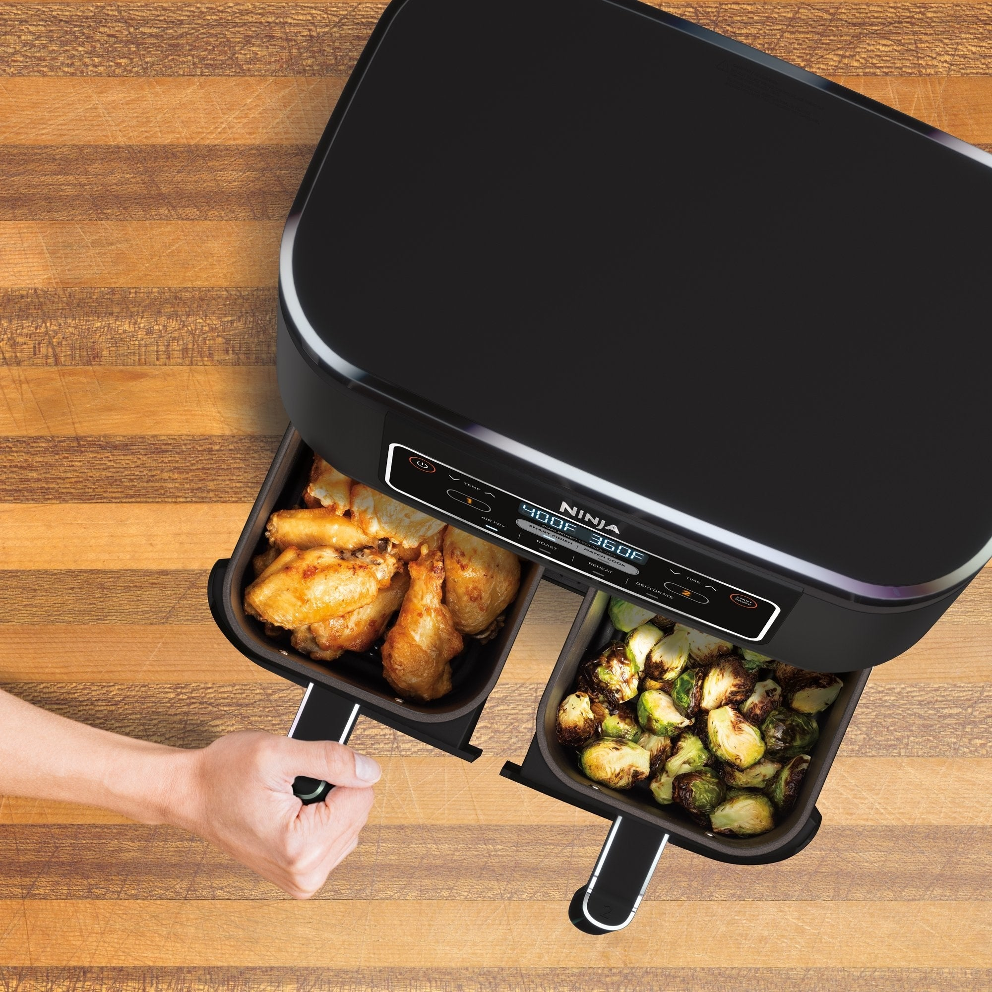 the air fryer with two compartments