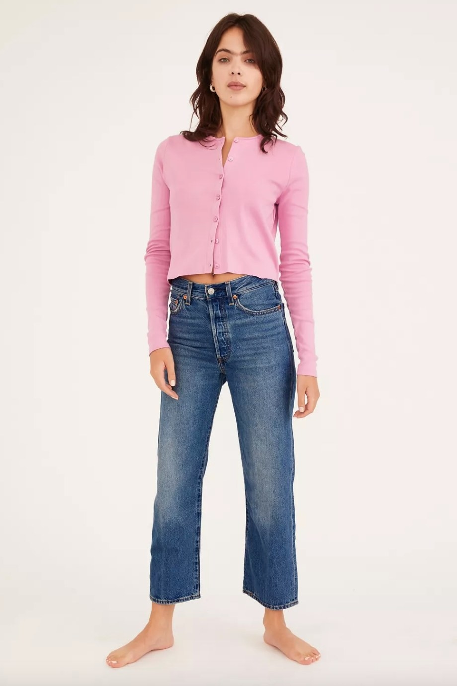 the pair of Levi's ribcage jeans