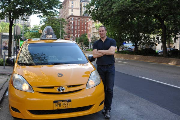 The new cash cab with Ben Bailey