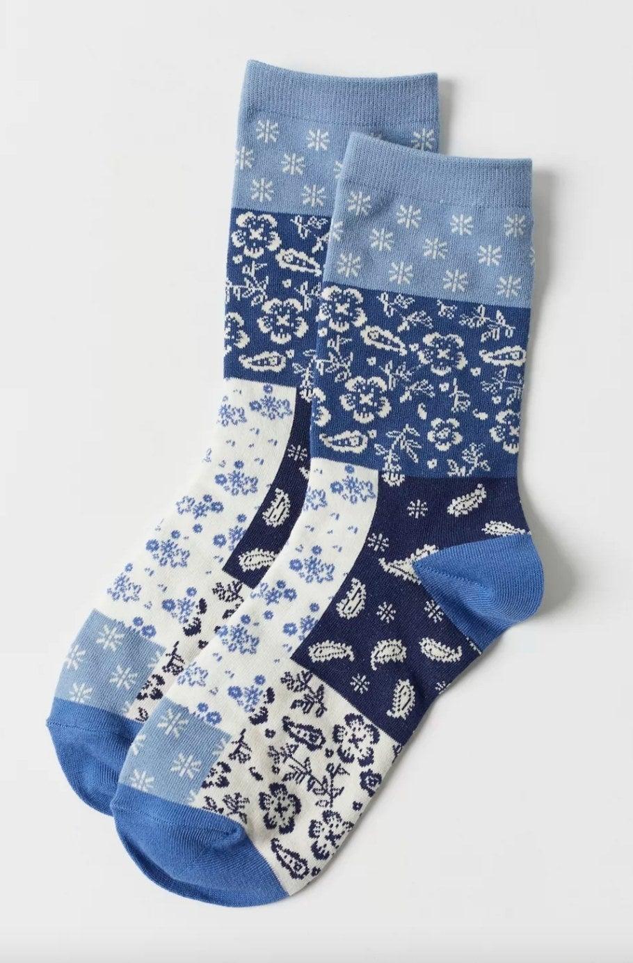 the bandana crew sock in blue