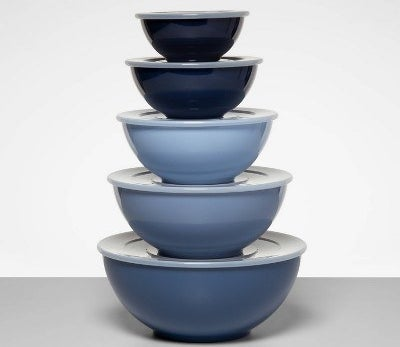 pile of bowls