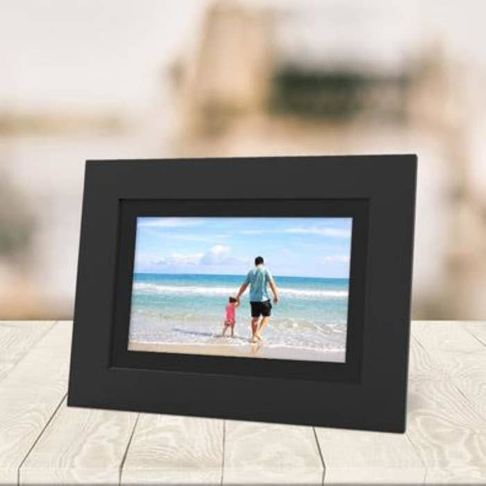A digital picture frame