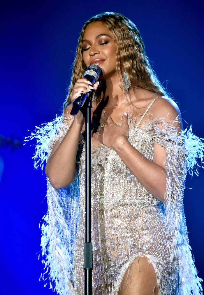 Beyoncé performs onstage at the City of Hope Spirit of Life Gala in Santa Monica, California, in 2018