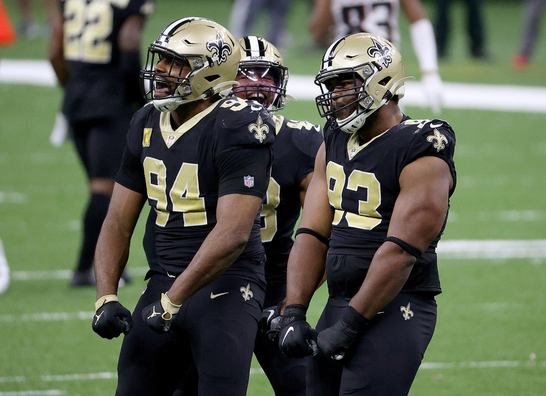 Black and gold Saints uniforms