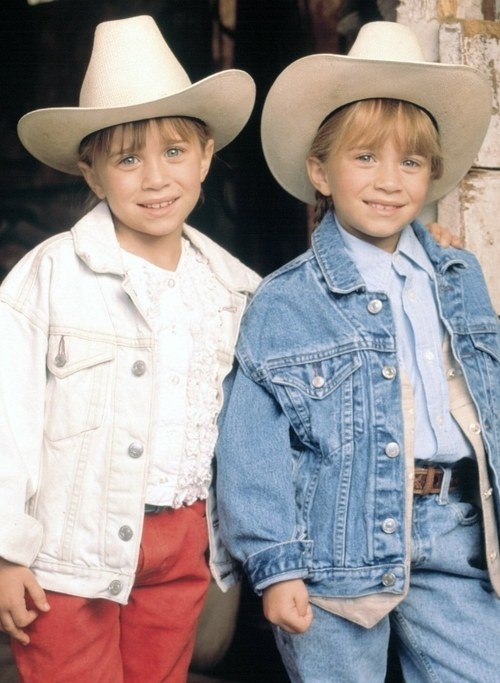 An image of the Olsen Twins in cowboy hats