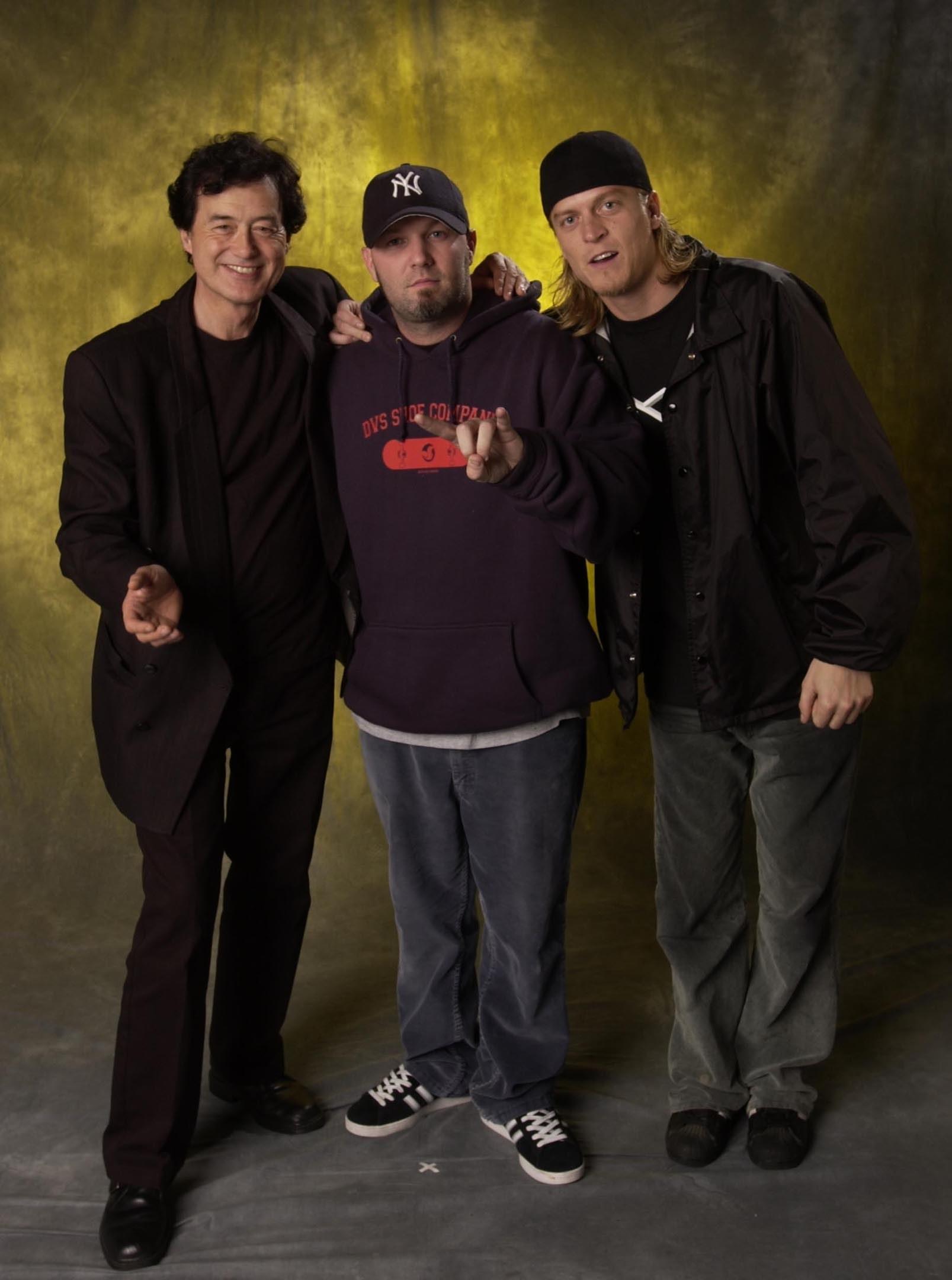 the group limp bizkit in 2001