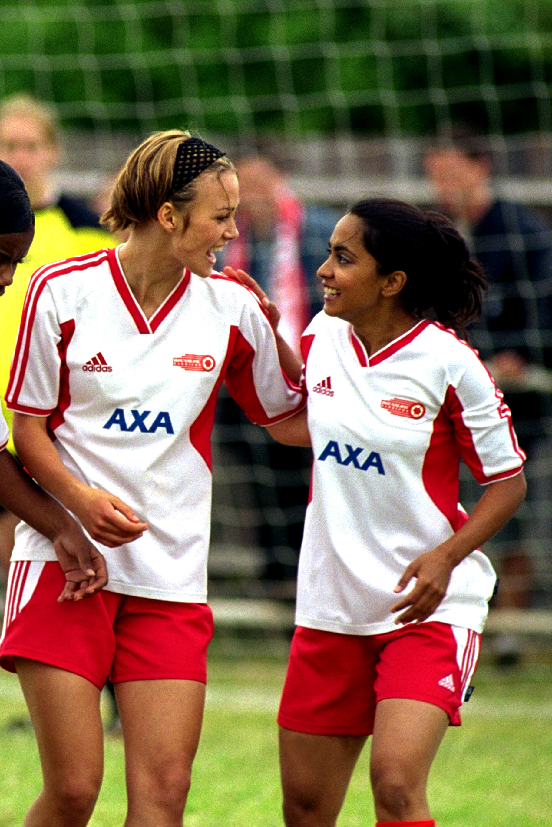 Jess and Jules on the field