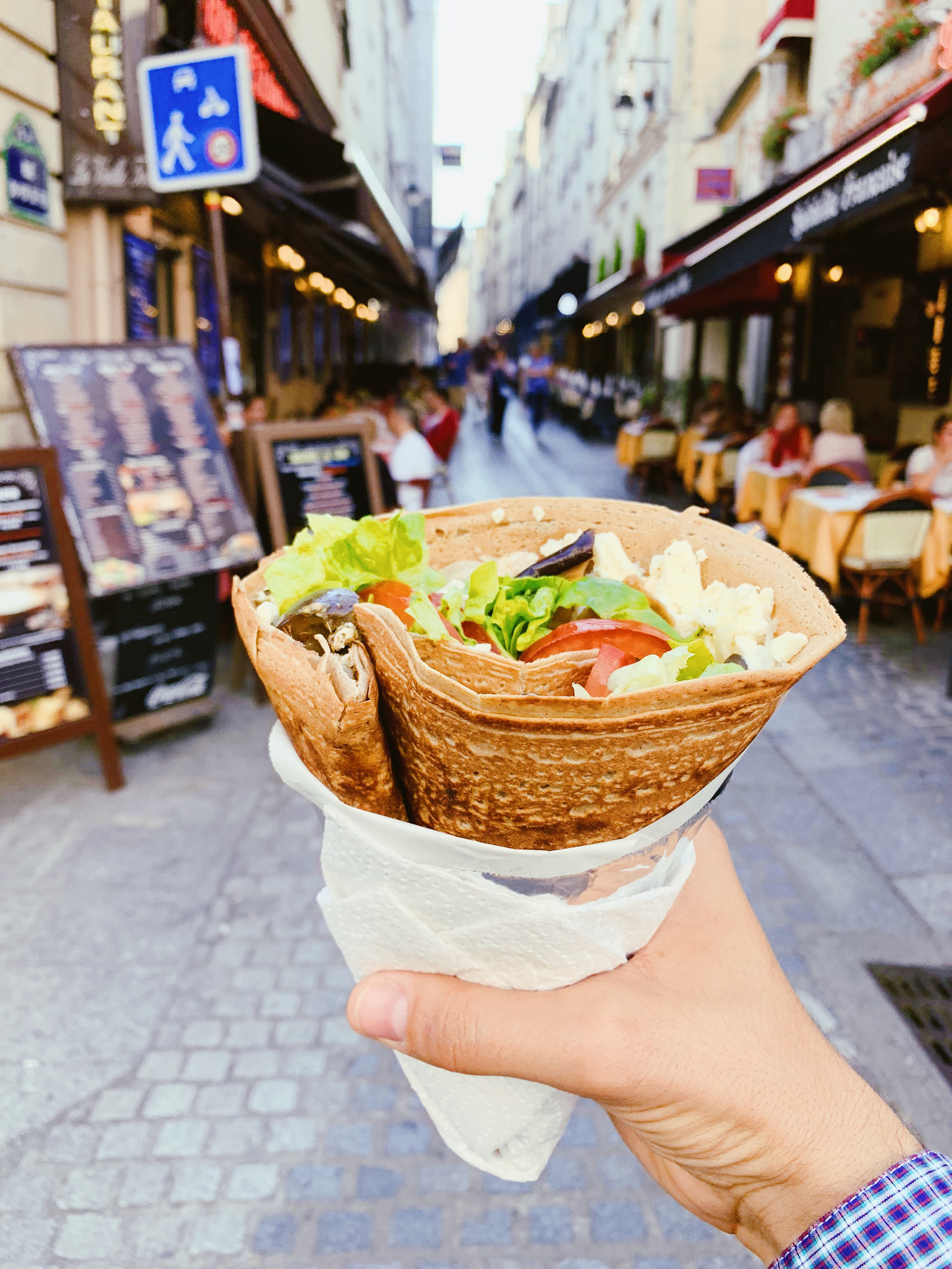 A crepe on the street.