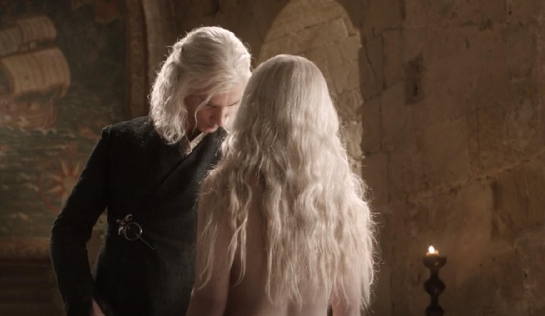 Viserys examining Daenerys' naked body