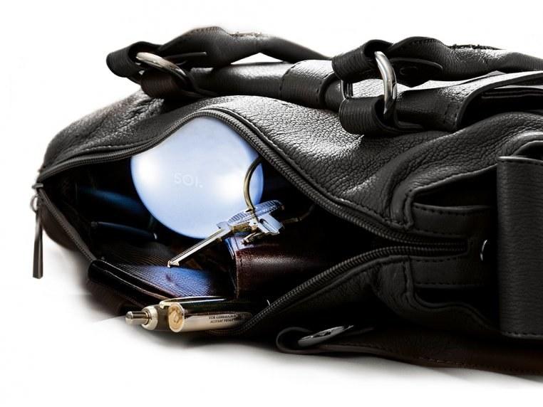 the handbag light inside of a purse