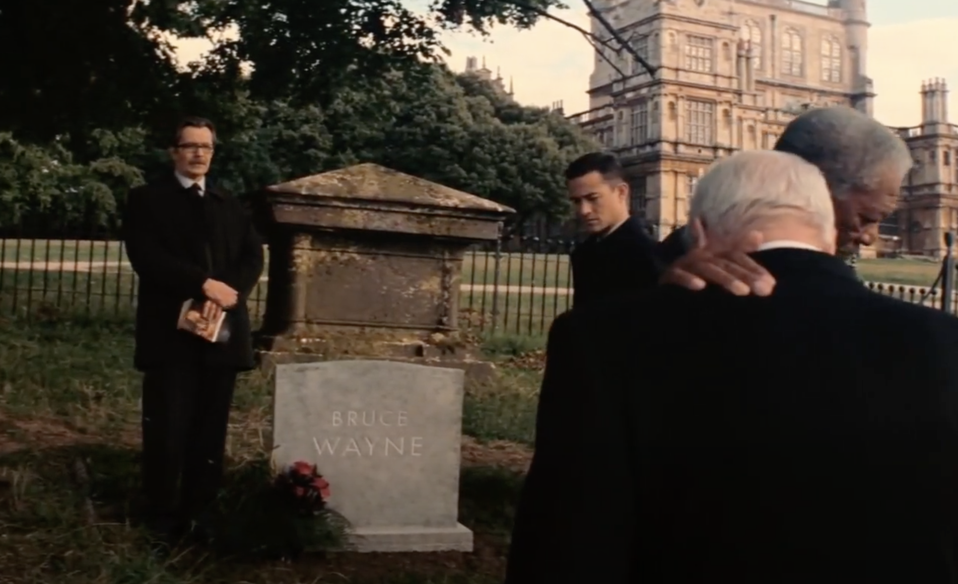 The tombstone of Bruce Wayne