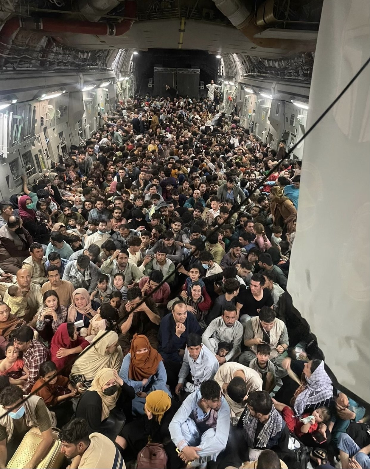 US Air Force C-17 Globemaster III transports approximately 640 Afghan citizens from Hamid Karzai International Airport