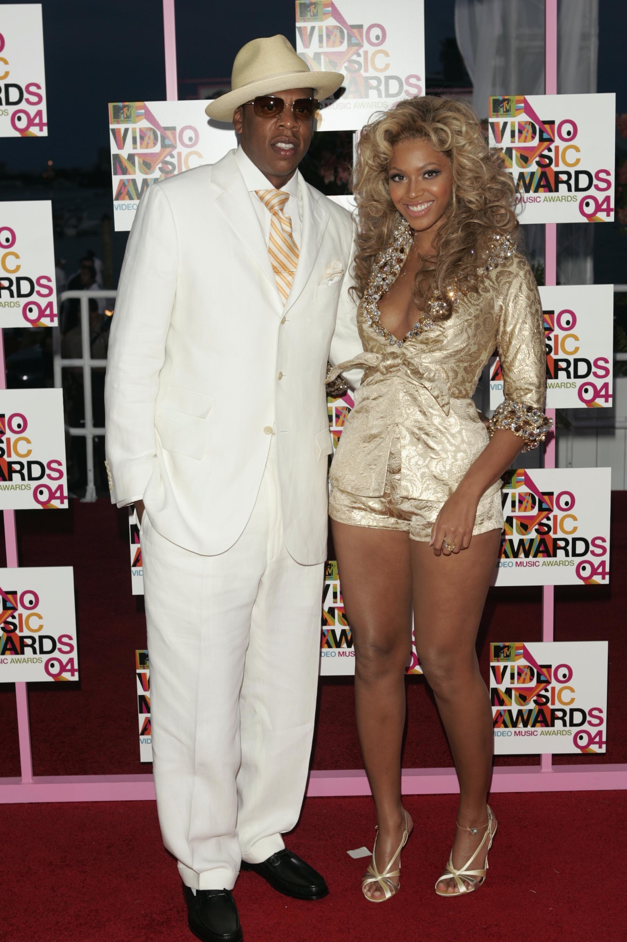Jay Z and Beyoncé on the red carpet in 2003