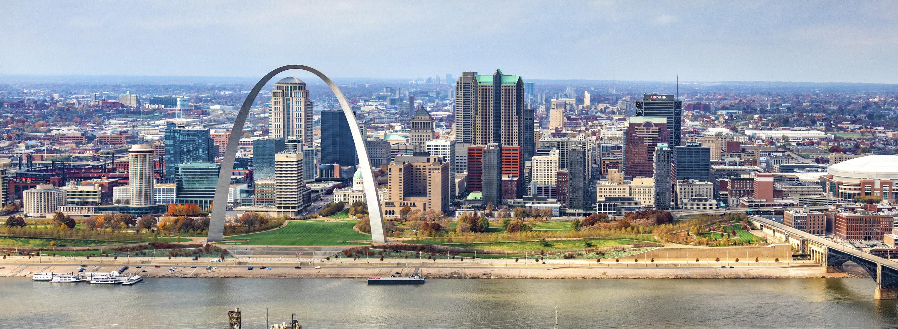 The St. Louis, Missouri skyline.