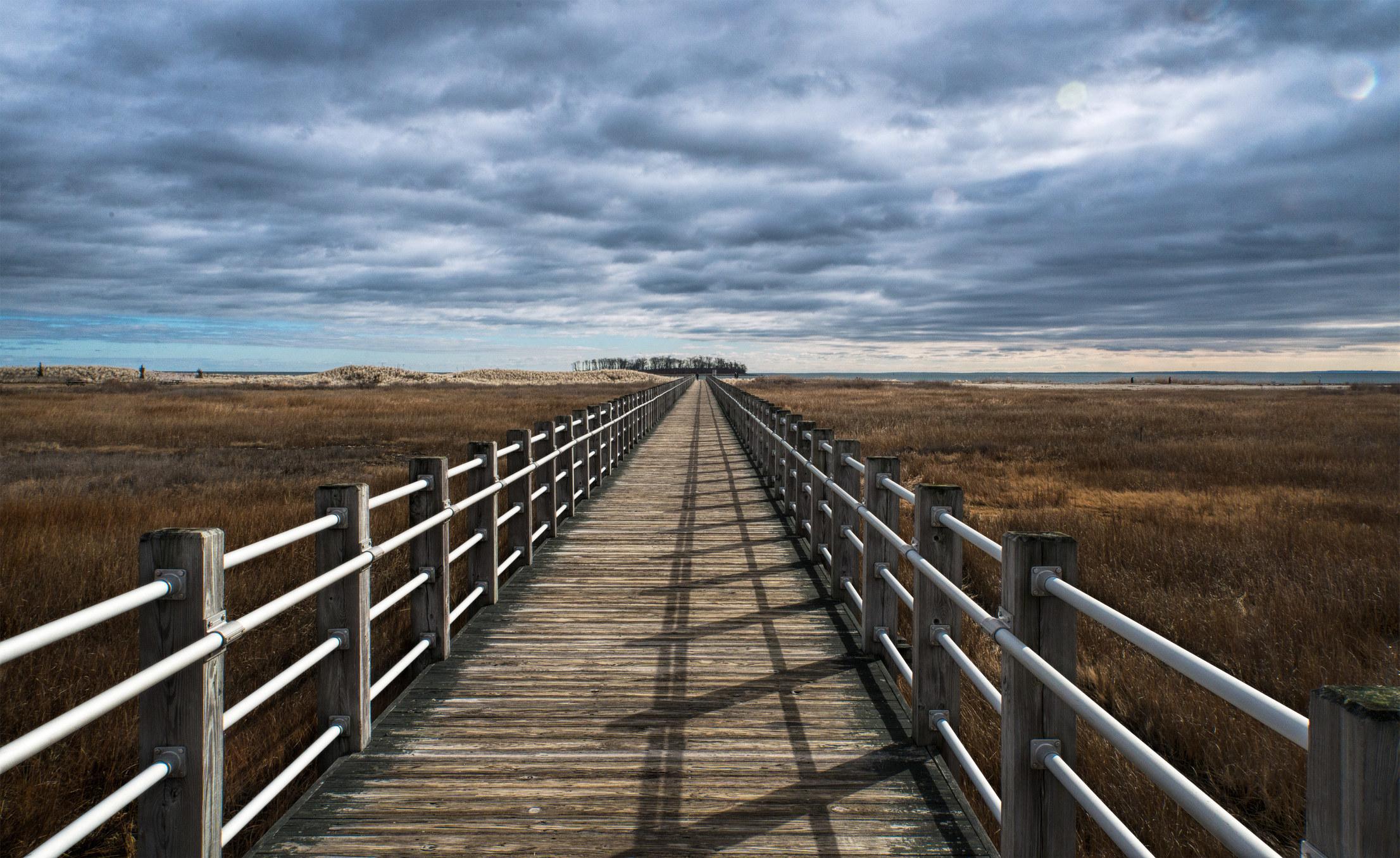A boardwalk inSilver Sands State Park.