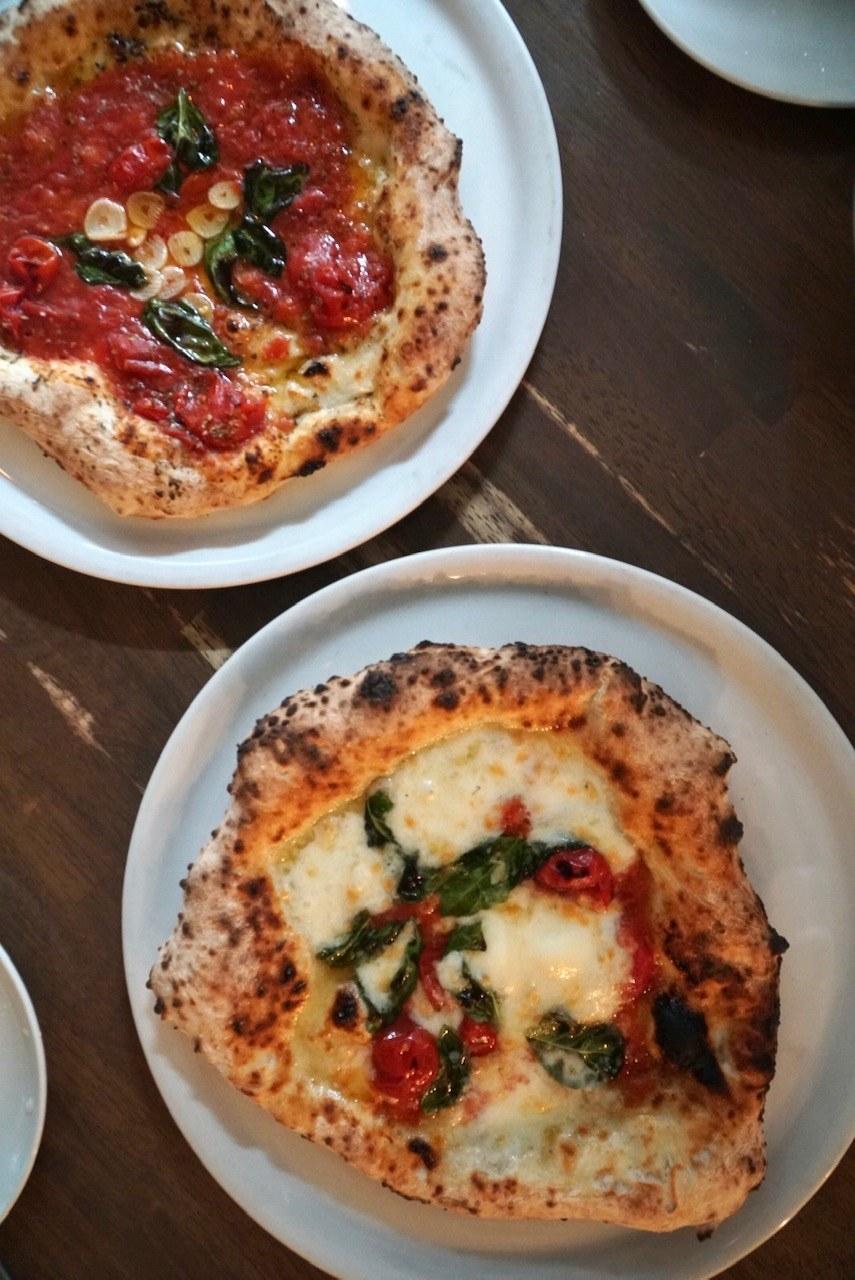 Neapolitan-style pizza at Seirinkan.