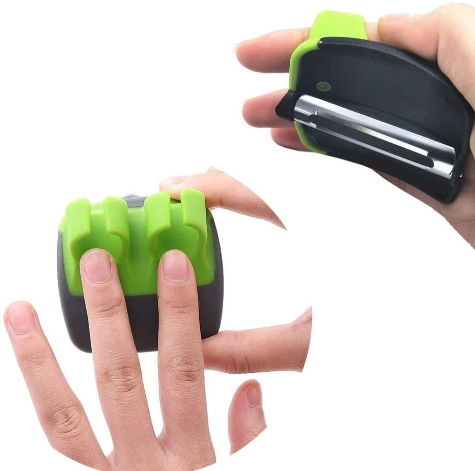 hand using peeler