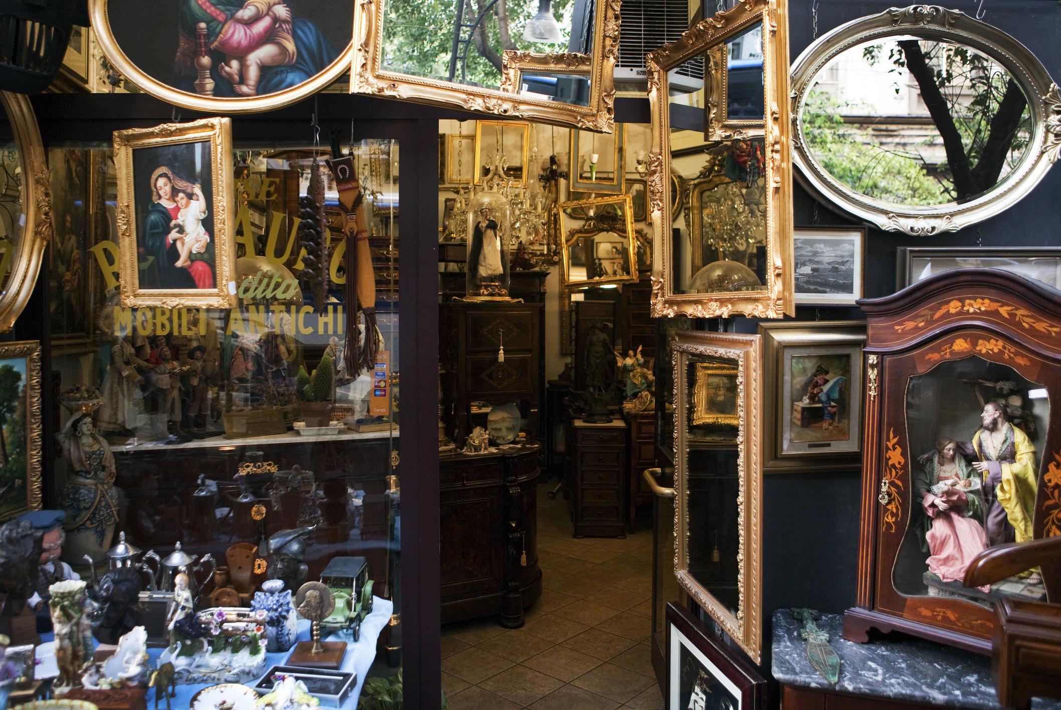 An antique shop in Round Top