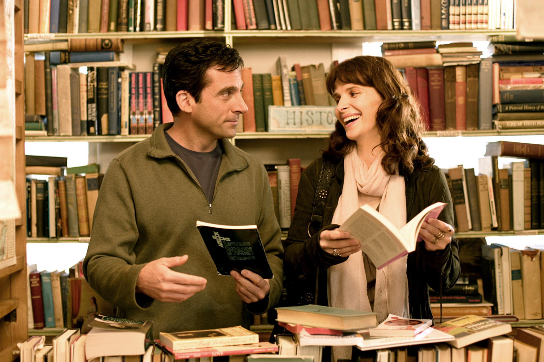 Steve Carell and Juliette Binoche talking about books