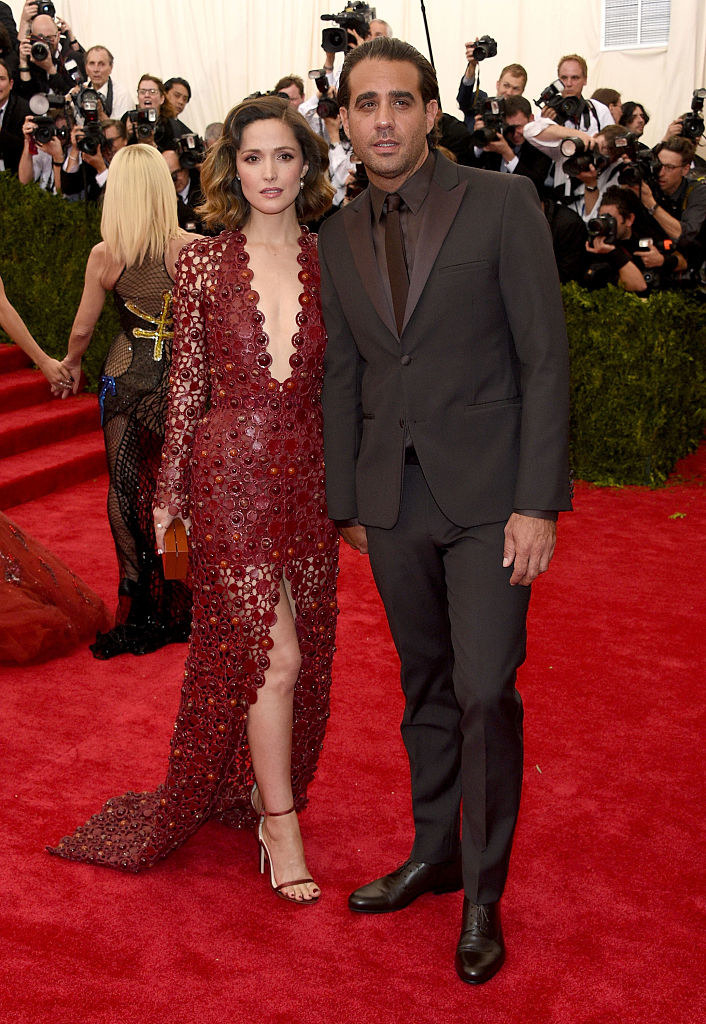 """Rose Byrne (L) and Bobby Cannavale attend the """"China: Through The Looking Glass"""" Costume Institute Benefit Gala"""