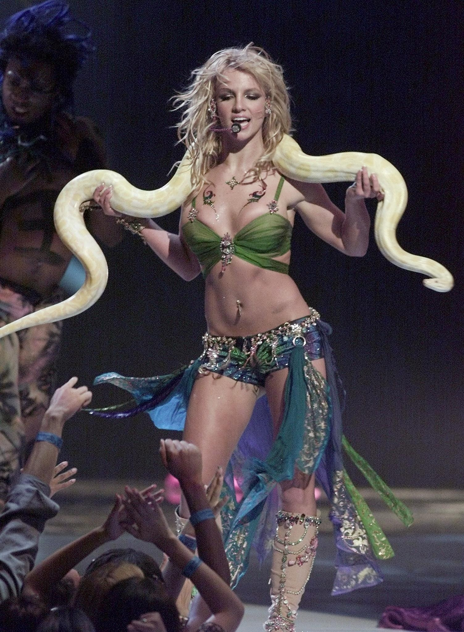 Britney Spears performing at the 2001 Video Music Awards