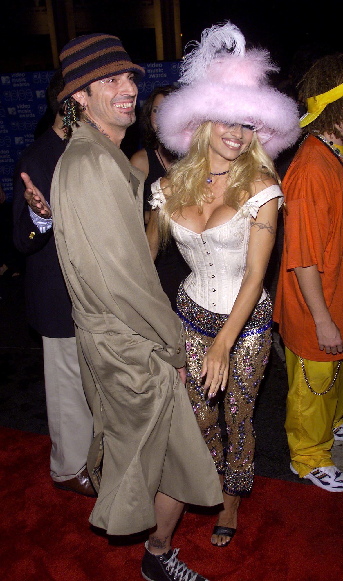Tommy Lee and Pamela Anderson at the 1999 Video Music Awards