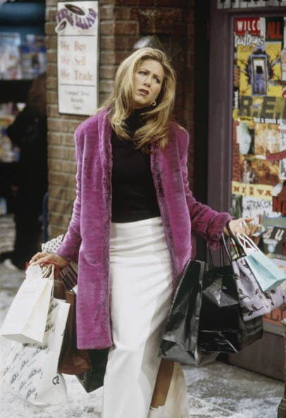 17. She dressed Rachel Green in some of her clothes like her pink fur coat and Missoni pants, for example.
