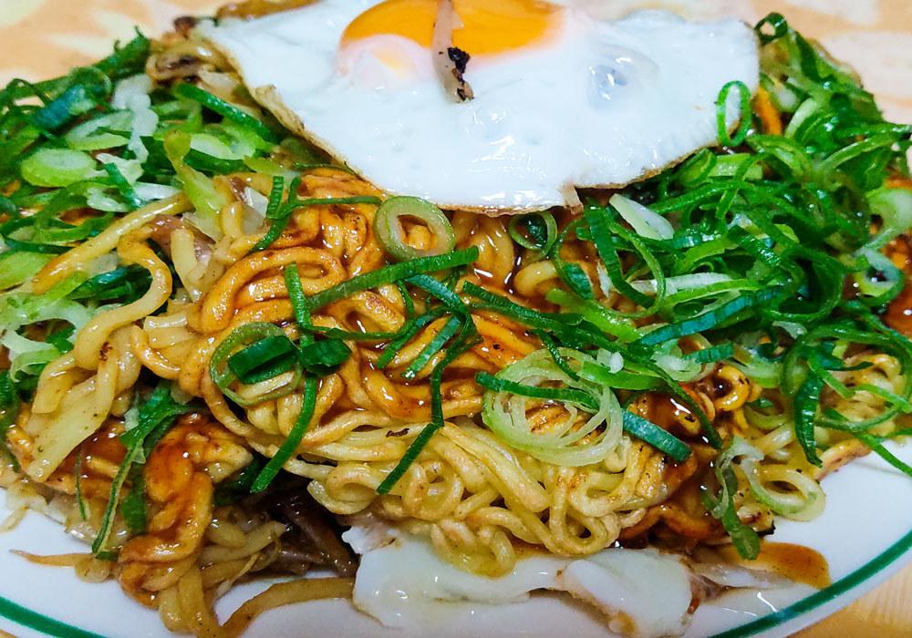 AHiroshima-Style Okonomiyaki.
