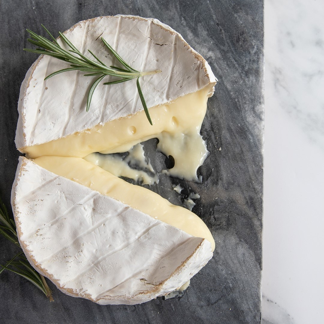 a wheel of brie cheese