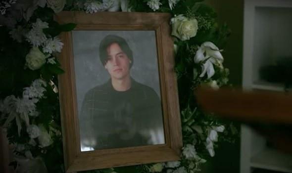 Jughead's fake funeral photo
