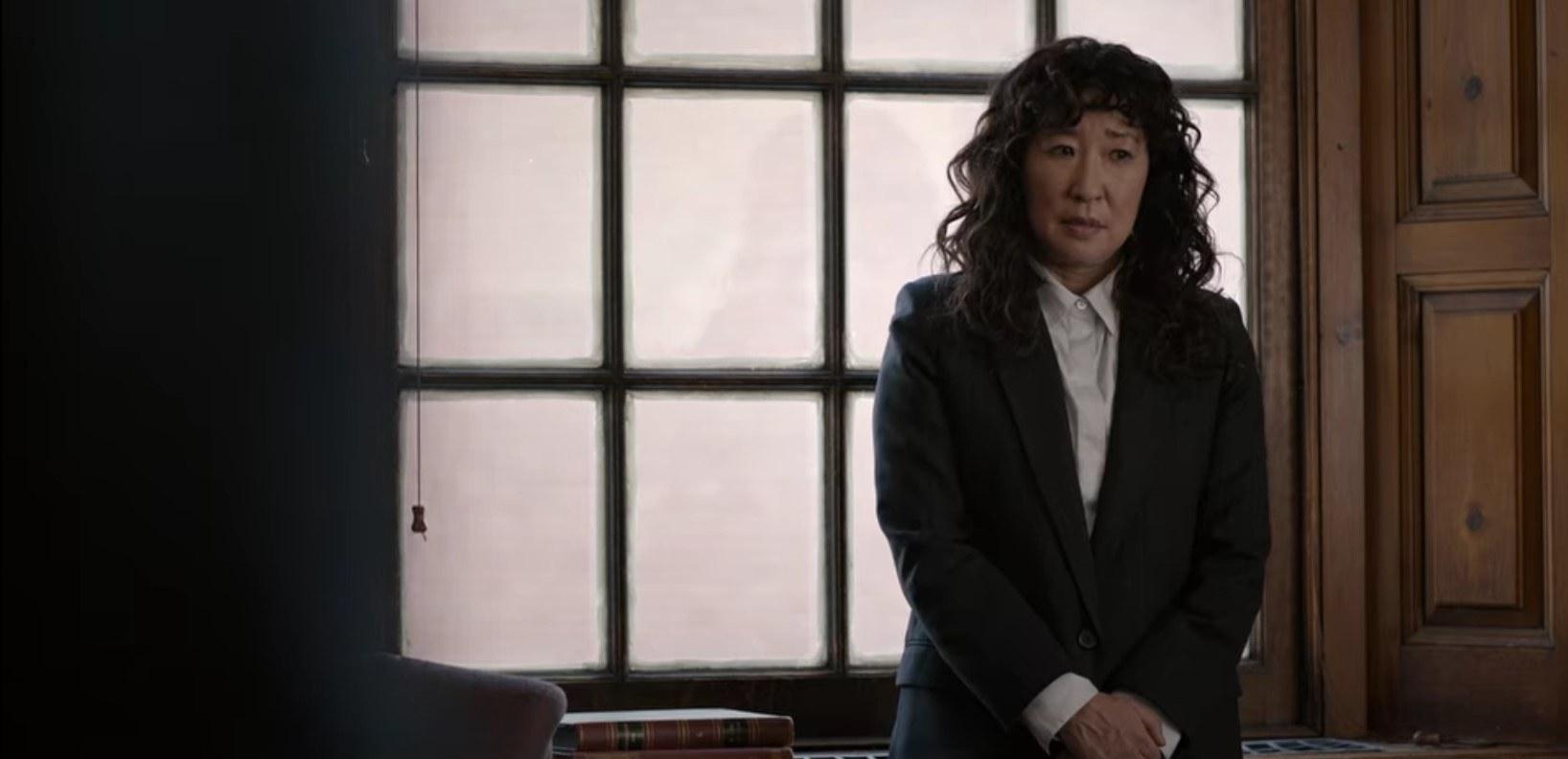 Ji-Yoon in black blazer