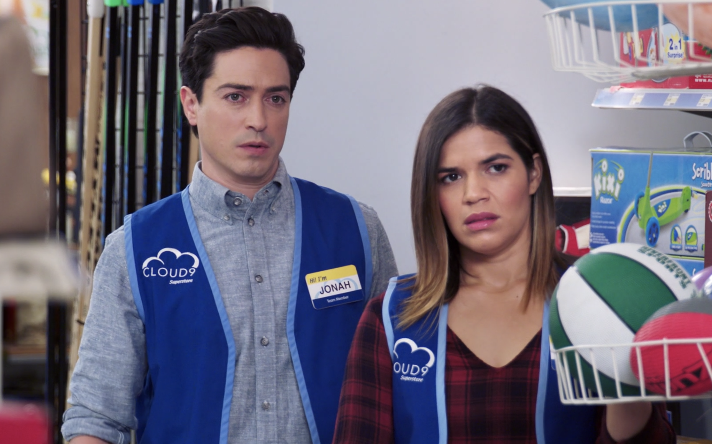 Jonah and Amy spy on a colleague in the store