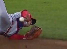 Jose Iglesias makes a no-look baseball pass