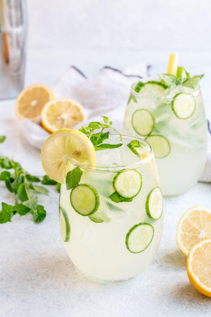 A glass of cucumber vodka lemonade.