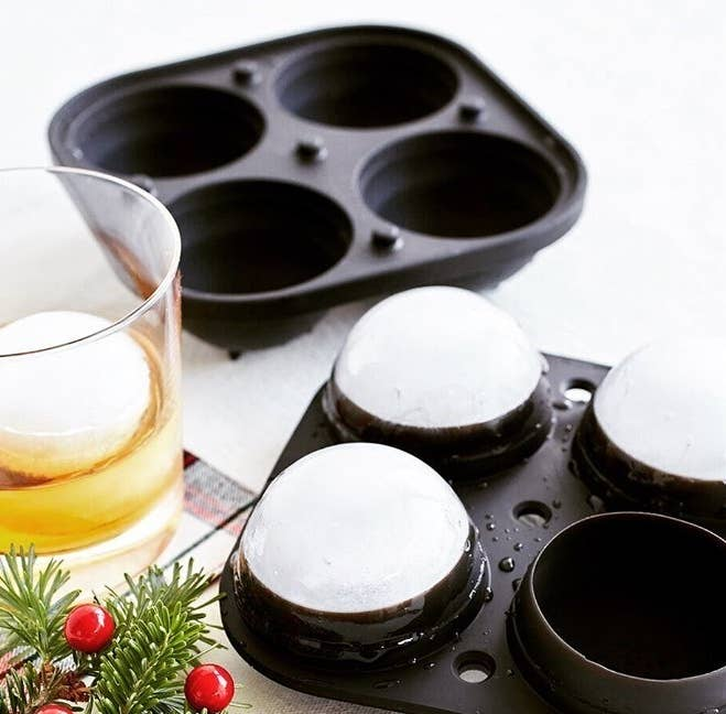 A four-compartment spherical ice mould
