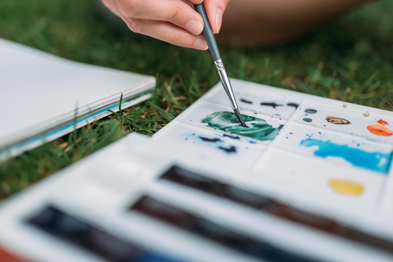 A watercolor paint palette