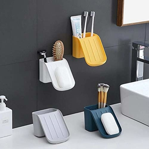 4 soap boxes with suction cups, extra compartments and a sliding base for the soap