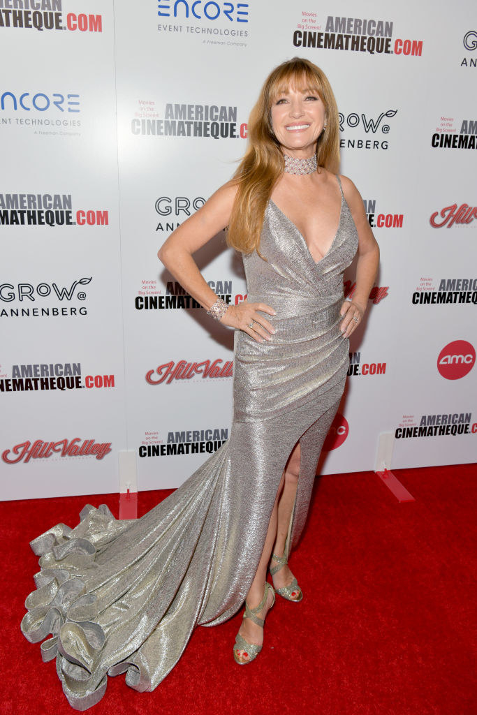 she wore a glamorous Great Gatsby-inspired gown with a sweeping train to the American Cinematheque Award