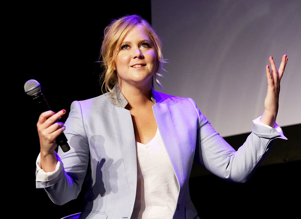 Amy Schumer performing