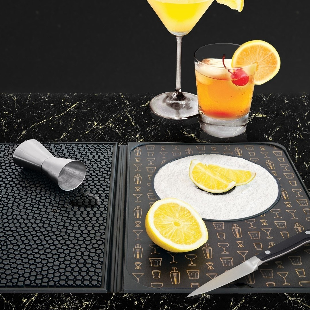 A folding bar mat with a built-in rimmer