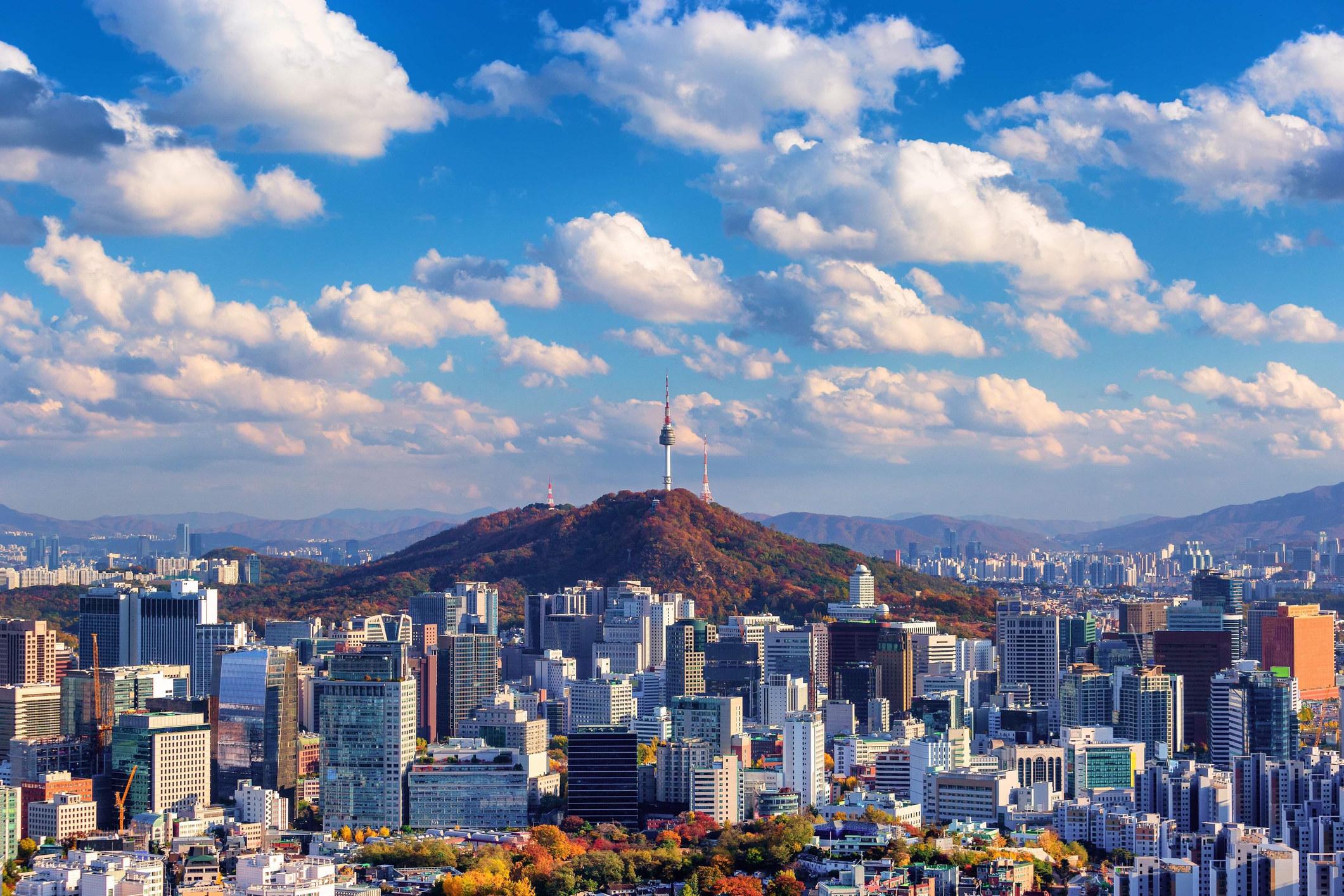 A cityscape of Seoul, South Korea.