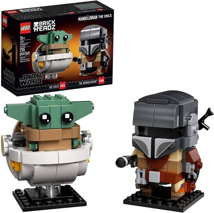 Baby Yoda and the Mandalorian lego figures